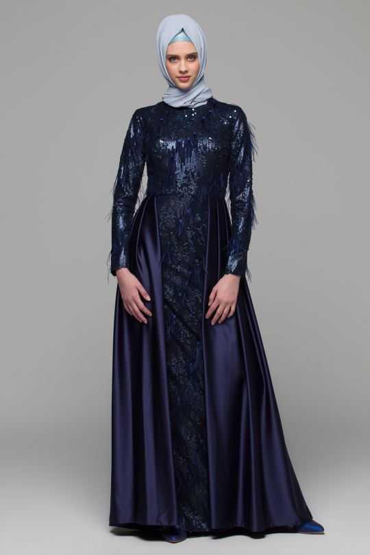 Armine Tesettür Püsküllü Abiye Elbise Modelleri