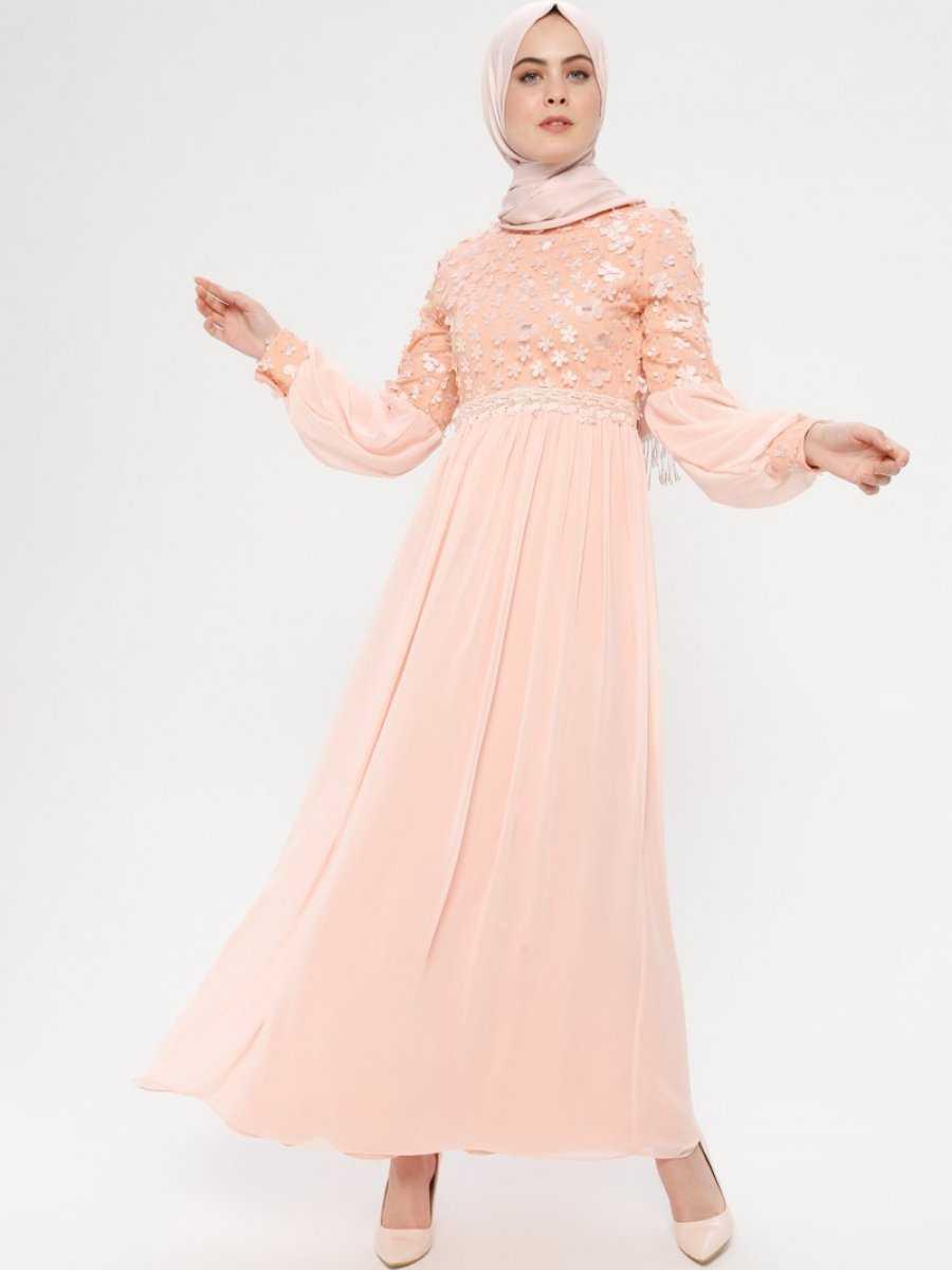 Bürün Tesettür Üç Boyutlu Pudra Abiye Elbise Modelleri