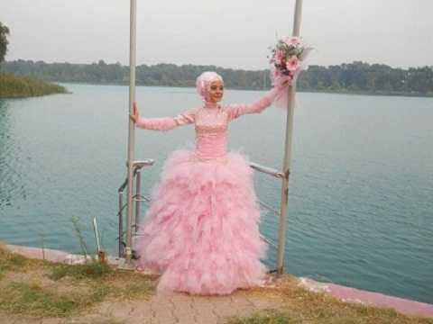Pembe Renkli Tesettür Prenses Nişanlık Modelleri