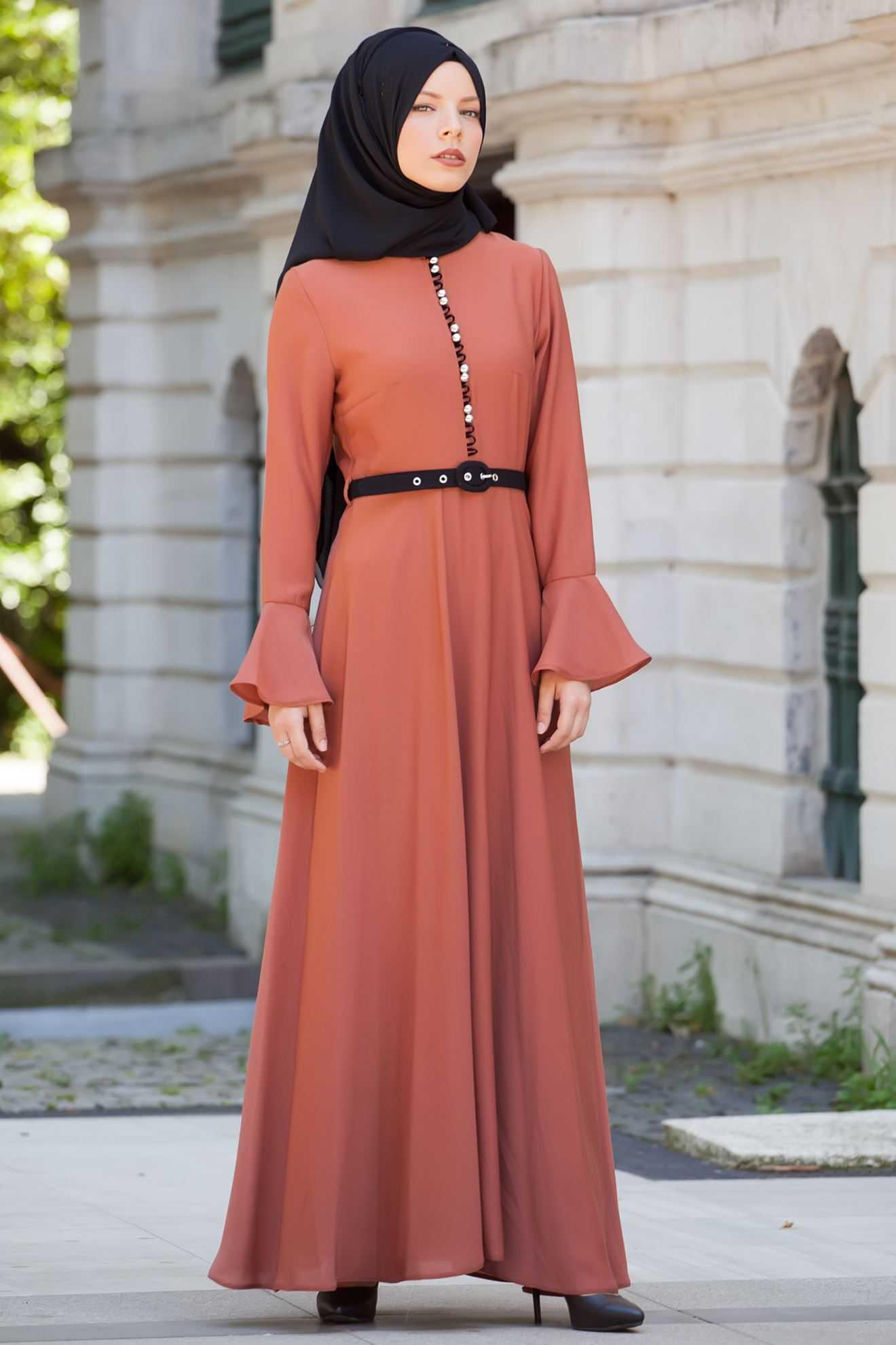 Sedanur Özel Gün Tesettür Elbise Modelleri