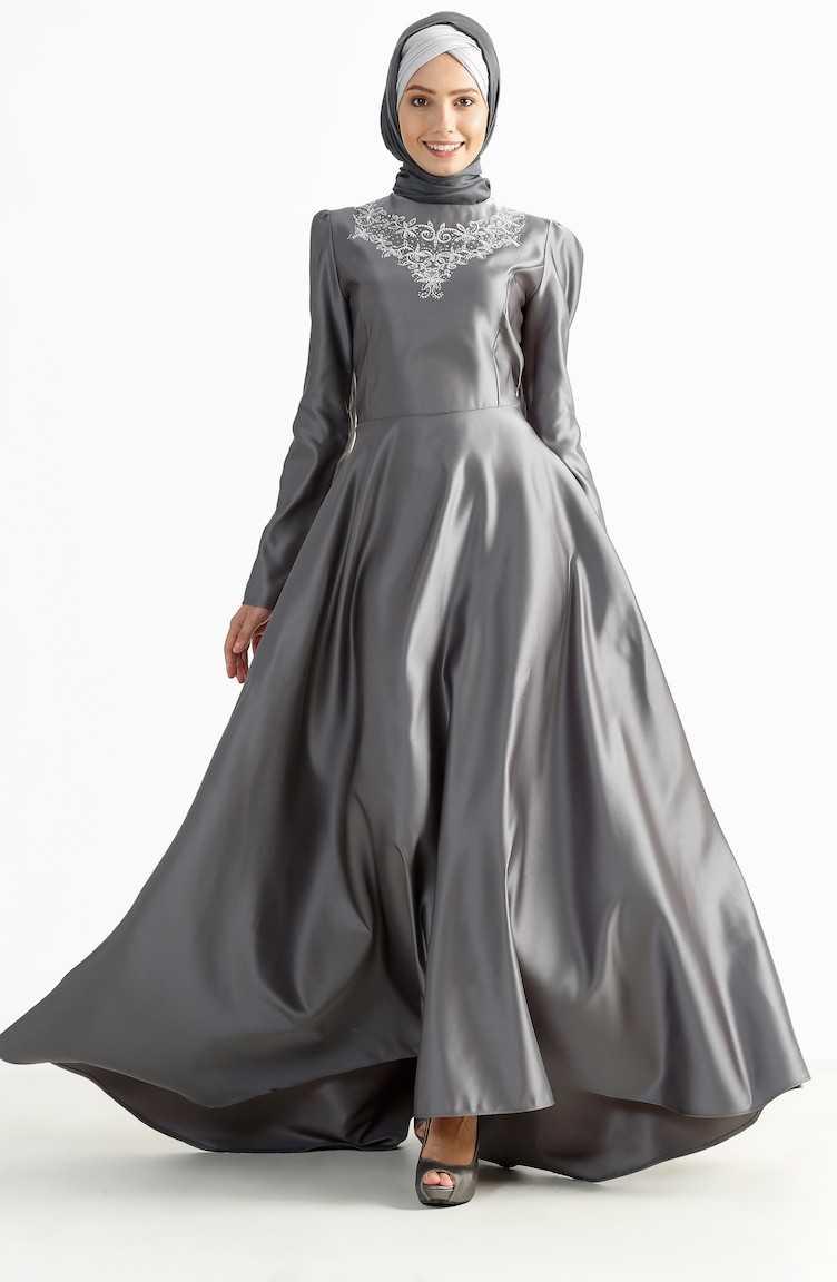Sefamerve Tesettür Kuyruklu Gri Abiye Elbise Modelleri