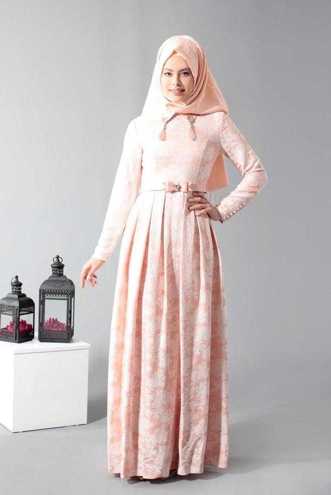 Alvina Tesettür Açık Renk Jakarlı Elbise Modelleri