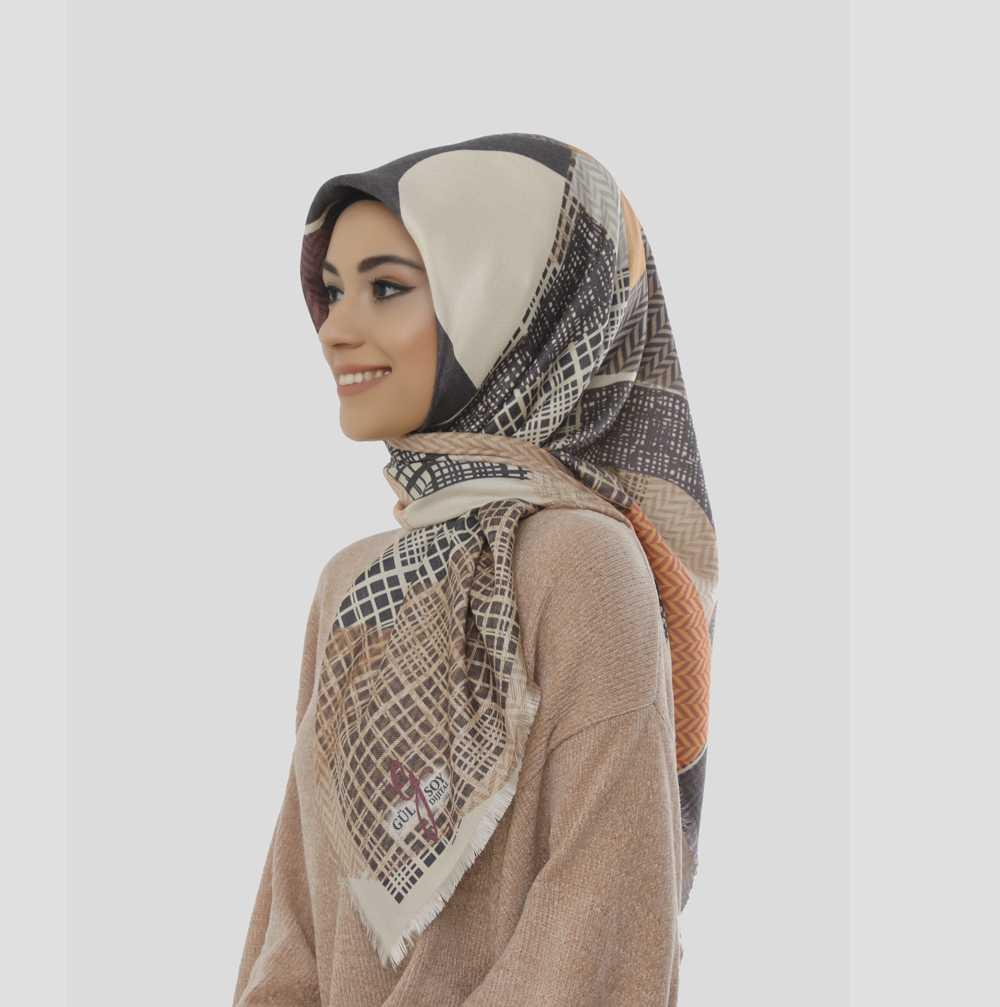 Gülsoy Karışık Renkli Dubai Kaşmir Eşarp Modelleri