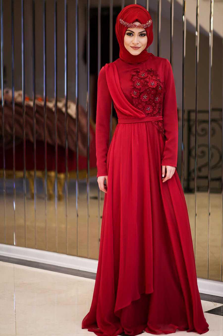 Minel Aşk Üç Boyutlu Kırmızı Tesettür Abiye Elbise Modelleri