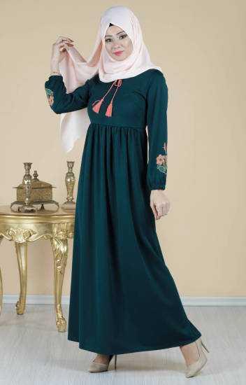 Tesettür Pazarı Zümrüt Yeşili Elbise Modelleri