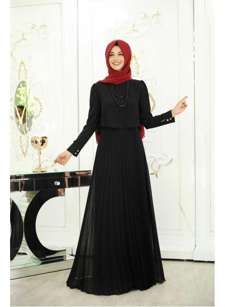 Pınar Şems Tesettür Siyah Renk Modası