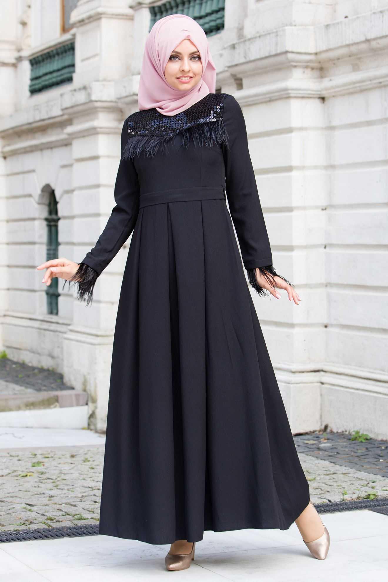 Sedanur Pullu Tesettür Abiye Elbise Modelleri