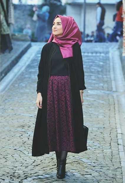 Şık ve Sade Kışlık Genç Tesettür Kıyafet Modelleri