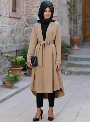 En Güzel Kışlık Genç Tesettür Kıyafet Modelleri