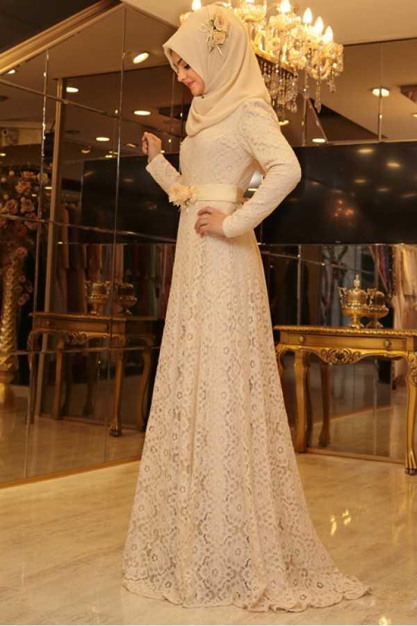 Pınar Şems Tesettür Çiçekli Abiye Elbise Modelleri