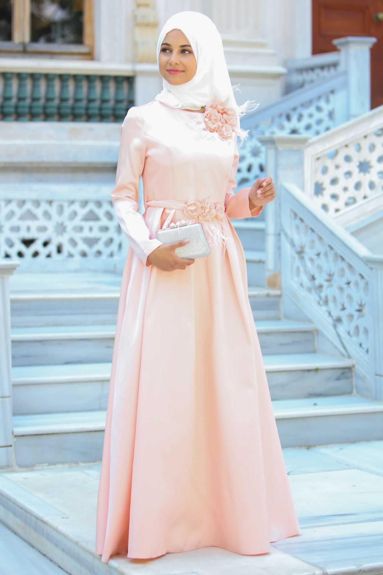 Sedanur Tesettür Çiçekli Abiye Elbise Modelleri
