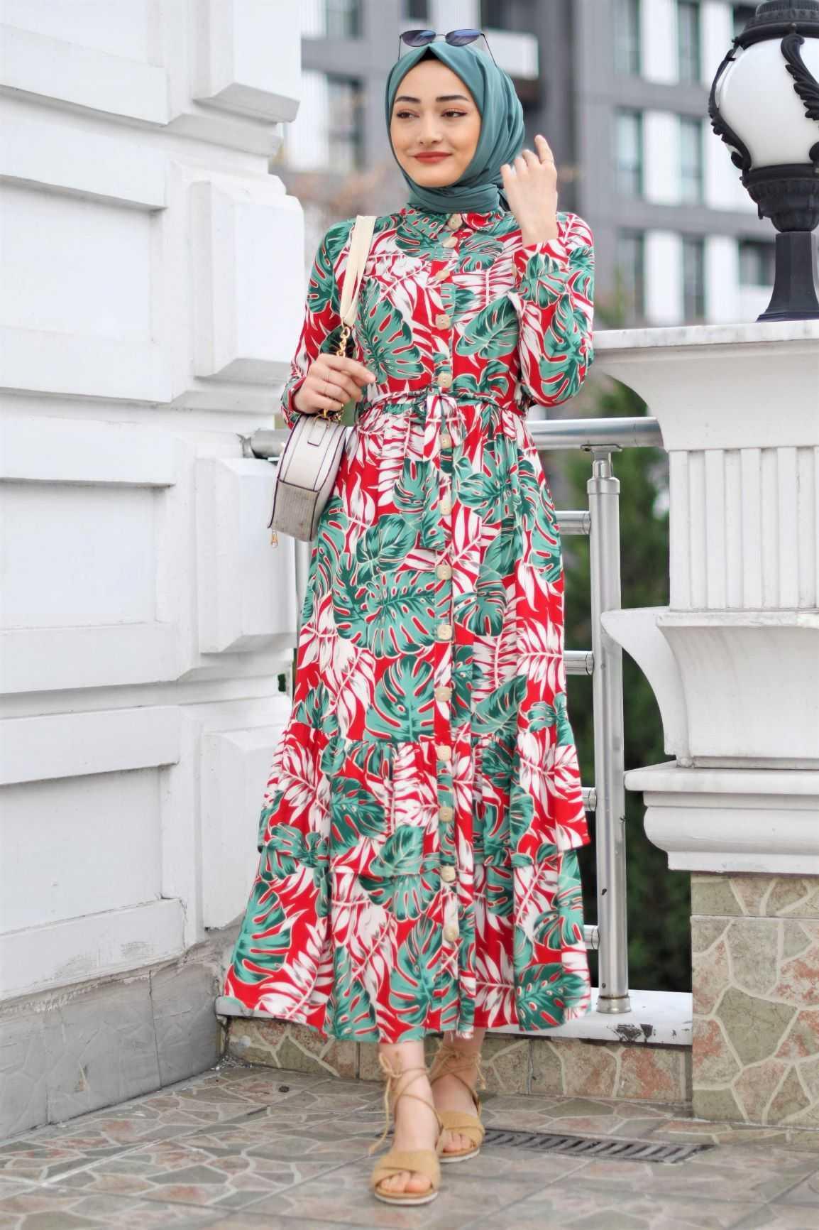Modam Afra Tesettür Kırmızı Desenli Elbise Modelleri