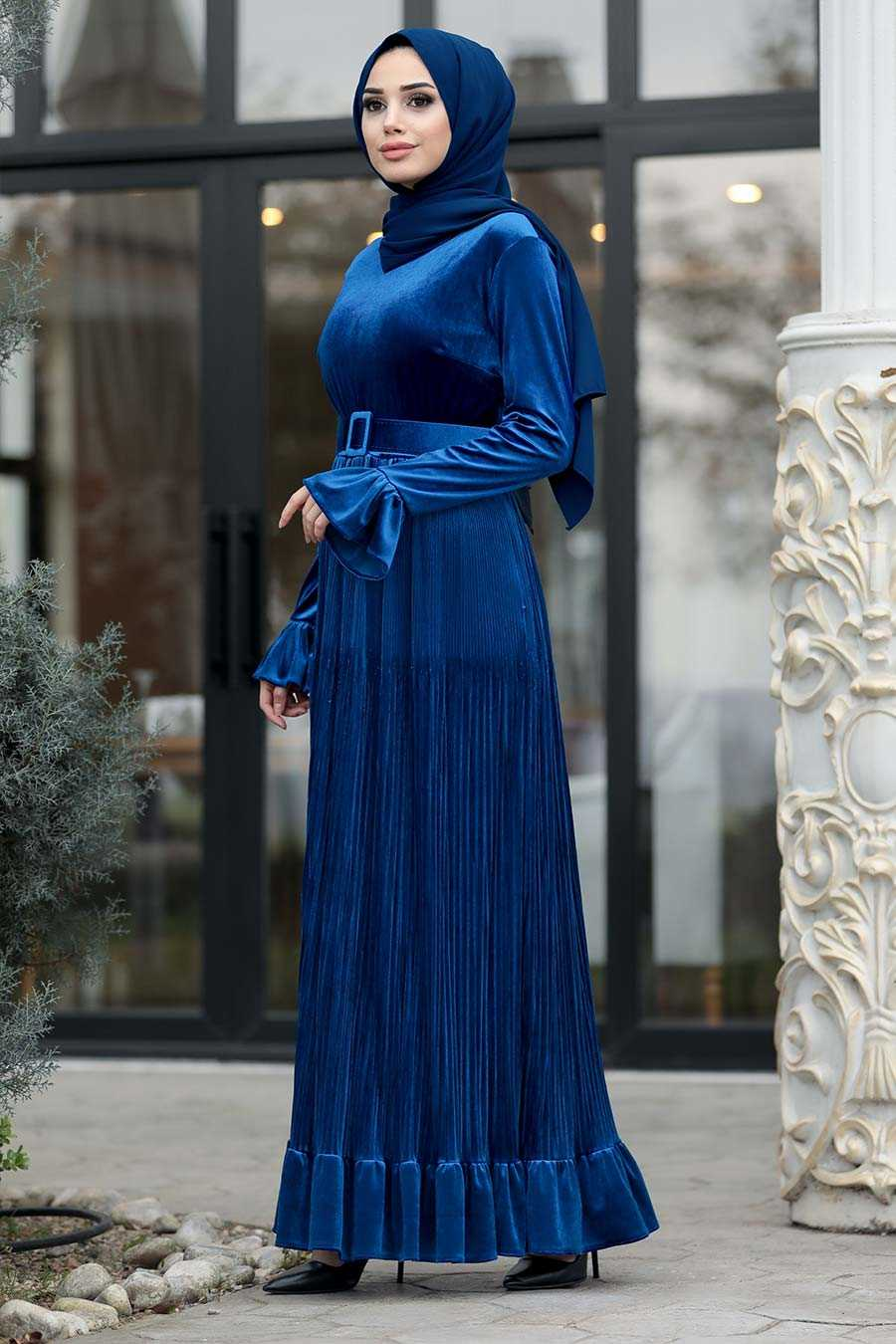 Neva Style Tesettür Fırfırlı Kadife Elbise Modelleri