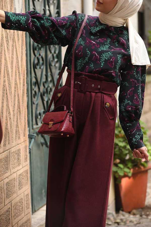Esra Keküllüoğlu Çiçek Desenli Tesettür Bluz Modelleri