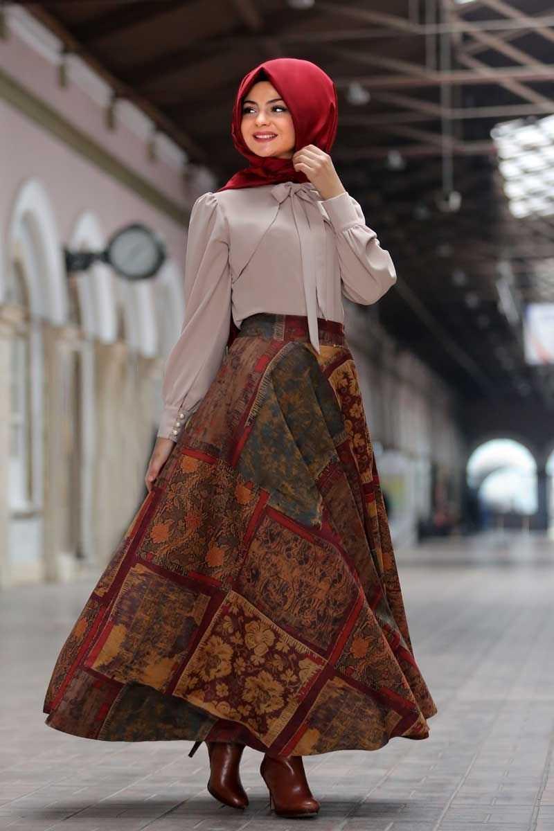 Pınar Şems Tesettür Desenli Verev Etek Modelleri