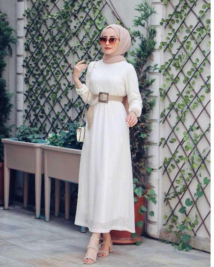 Eliza Moda Tesettür Dantel Detaylı Elbise Modelleri
