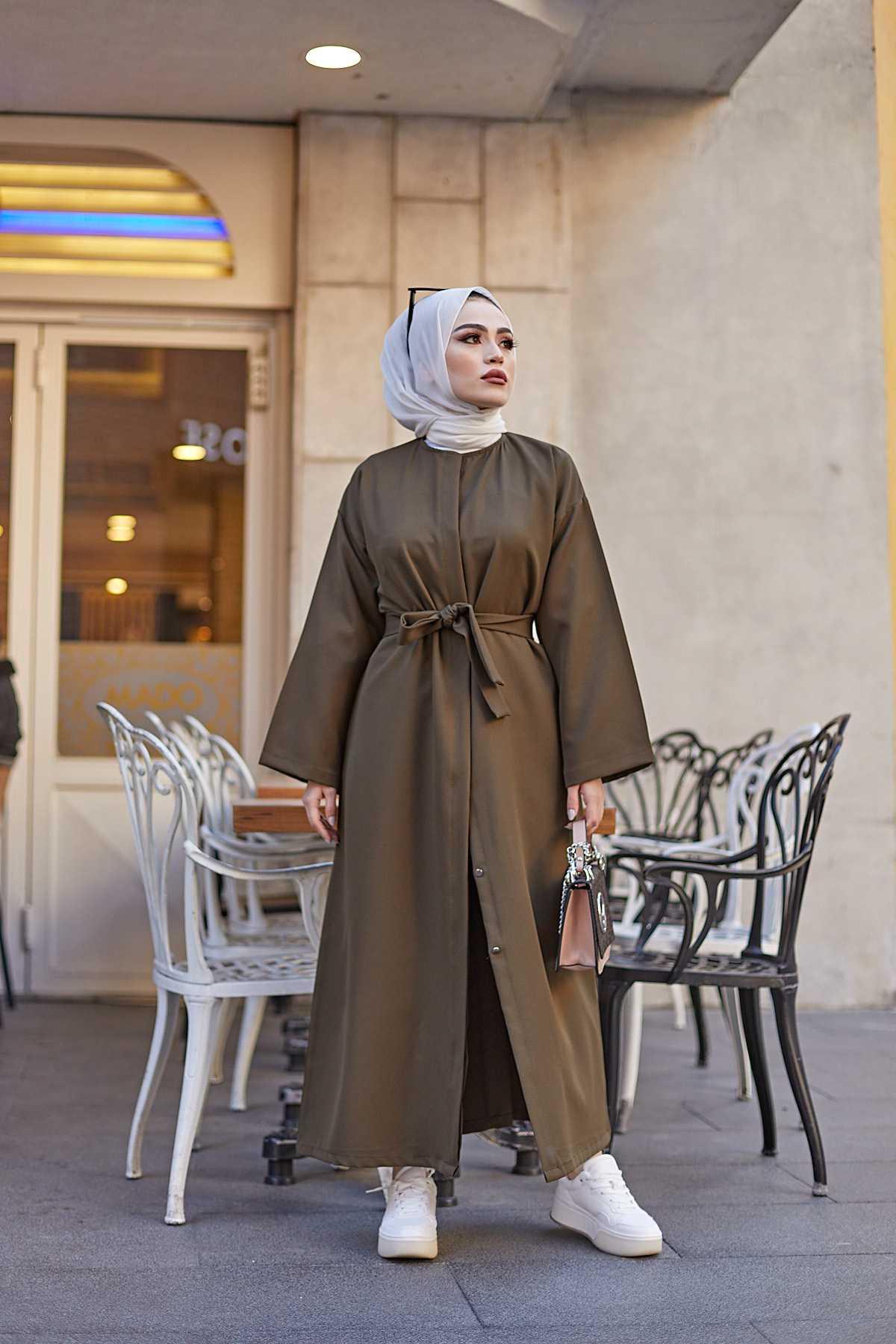 Eliza Moda Tesettür Ferace Modelleri