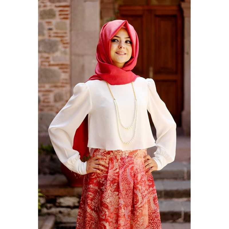 Pınar Şems Tesettür Kolye Aksesuarlı Gömlek Modelleri