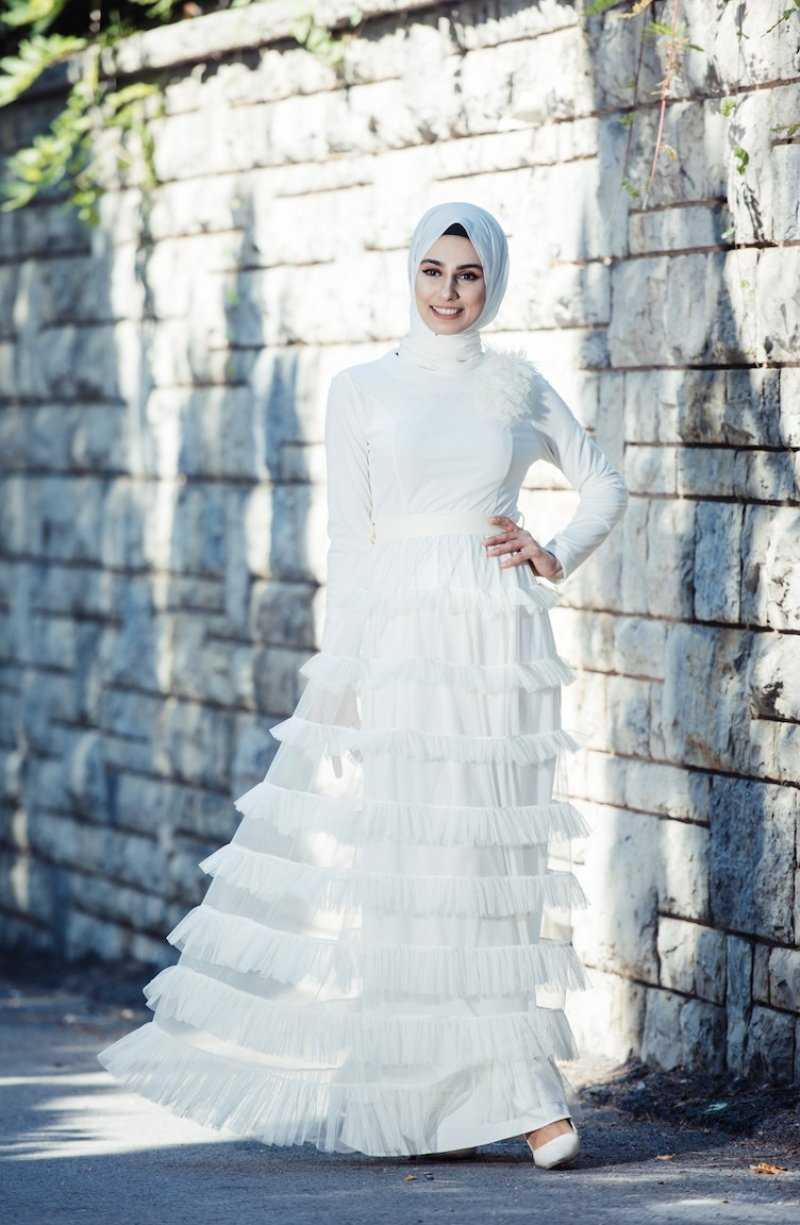 Sefamerve Tül Fırfırlı Tesettür Ekru Abiye Elbise Modelleri