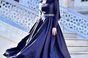 En Şık Tesettür Tafta Abiye Elbise Modelleri
