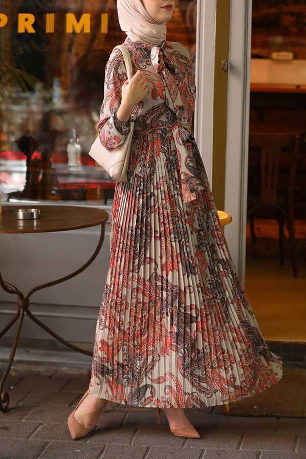 Esra Keküllüoğlu Tesettür Yazlık Elbise Modelleri