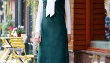 Tesettür Askılı Kadife Elbise Modelleri