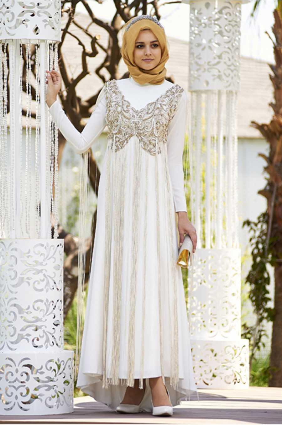 Nilüfer Kamacıoğlu Tesettür Nakışlı Abiye Elbise Modelleri