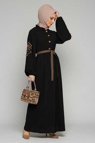 Burcu Tesettür Nakışlı Elbise Modelleri