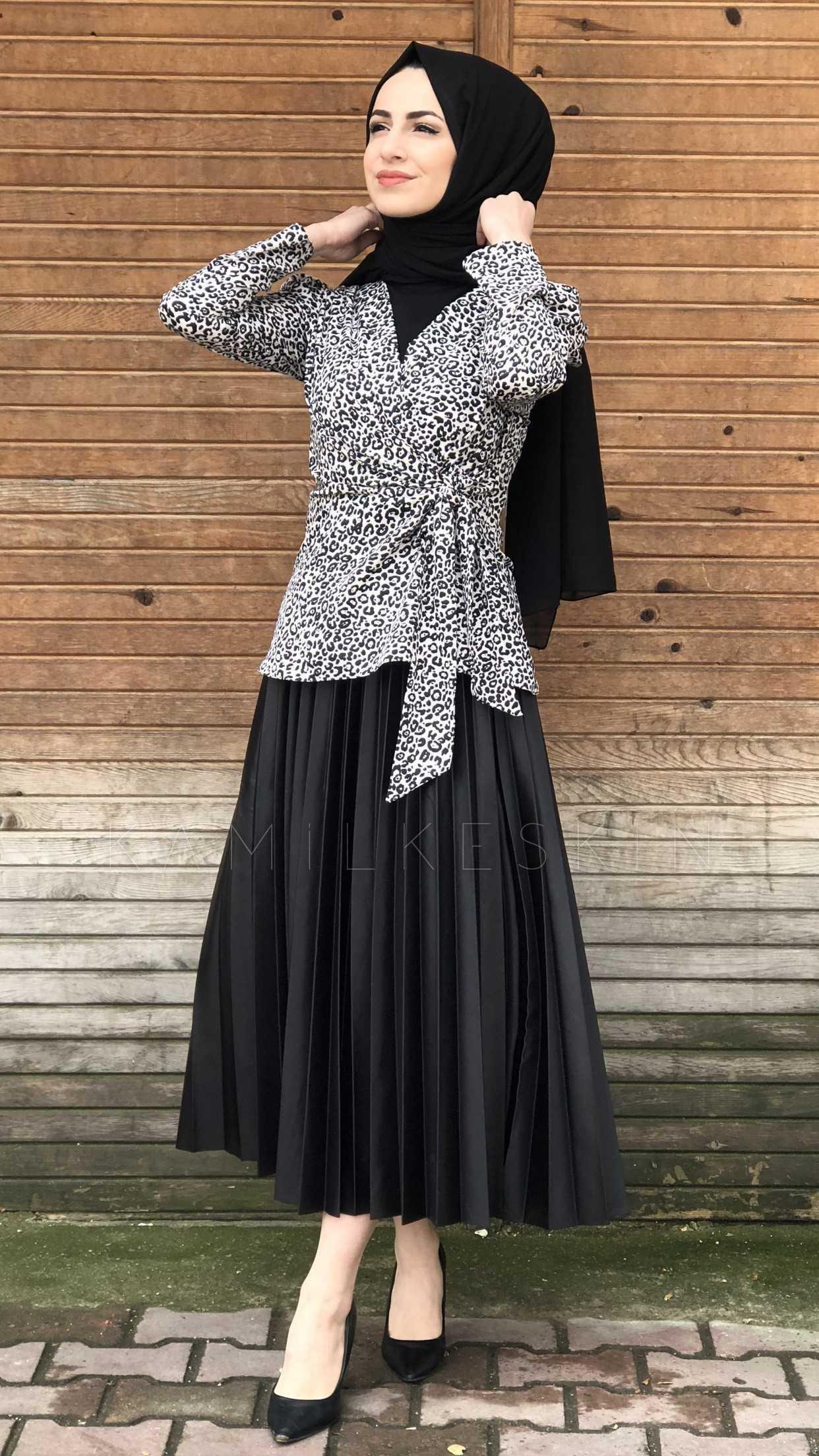 Kamil Keskin Tesettür Yandan Bağlamalı Kemerli Bluz Modelleri