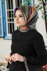 Moda Ebrar Pamuklu Eşarp Modelleri