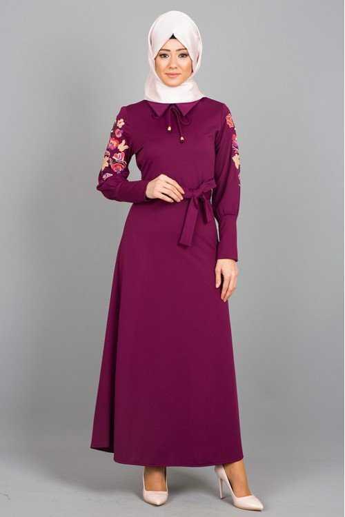 Modayare Nakışlı Tesettür Elbise Modelleri