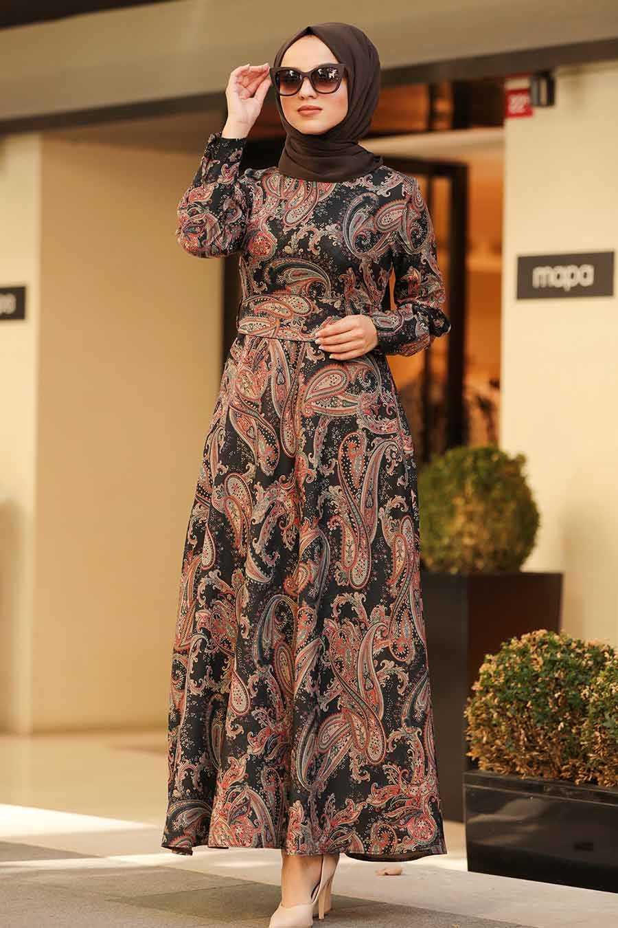 Neva Style Sonbahar Kış Desenli Tesettür Elbise Modelleri