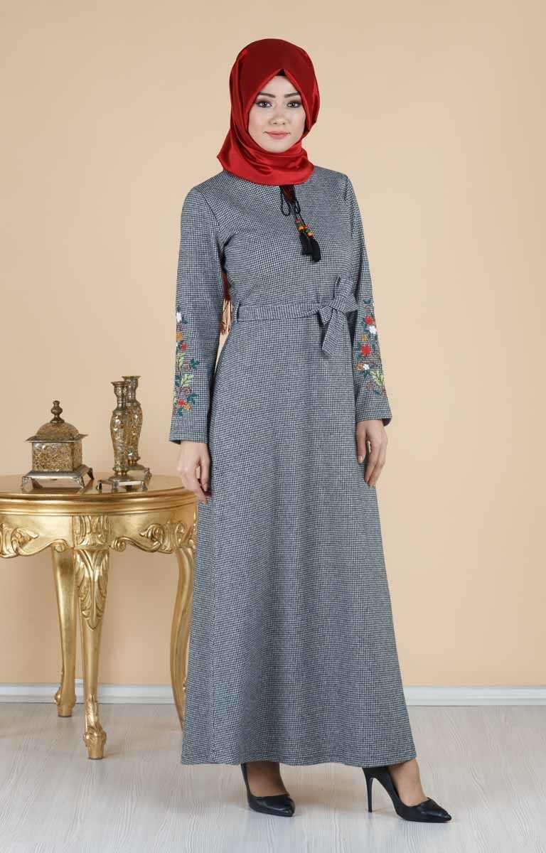 Tesettür Pazarı Nakışlı Elbise Modelleri