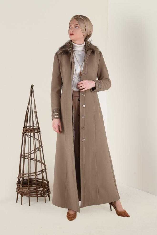 Alvina Yakası Kürklü Tesettür Uzun Manto Modelleri