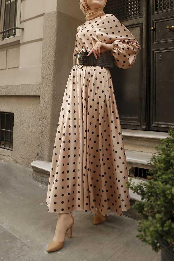 Esra Keküllüoğlu Puantiyeli Tesettür Elbise Modelleri