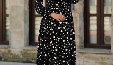 Puantiyeli Tesettür Elbise Modelleri