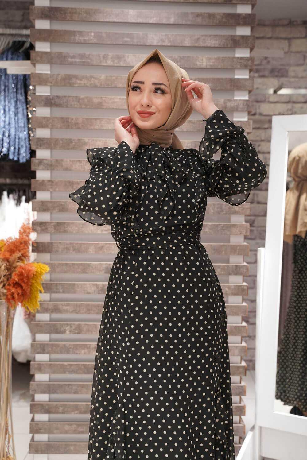 Kamil Keskin Puantiyeli Tesettür Şifon Elbise Modelleri