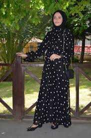 Modaminem Puantiyeli Tesettür Elbise Modelleri