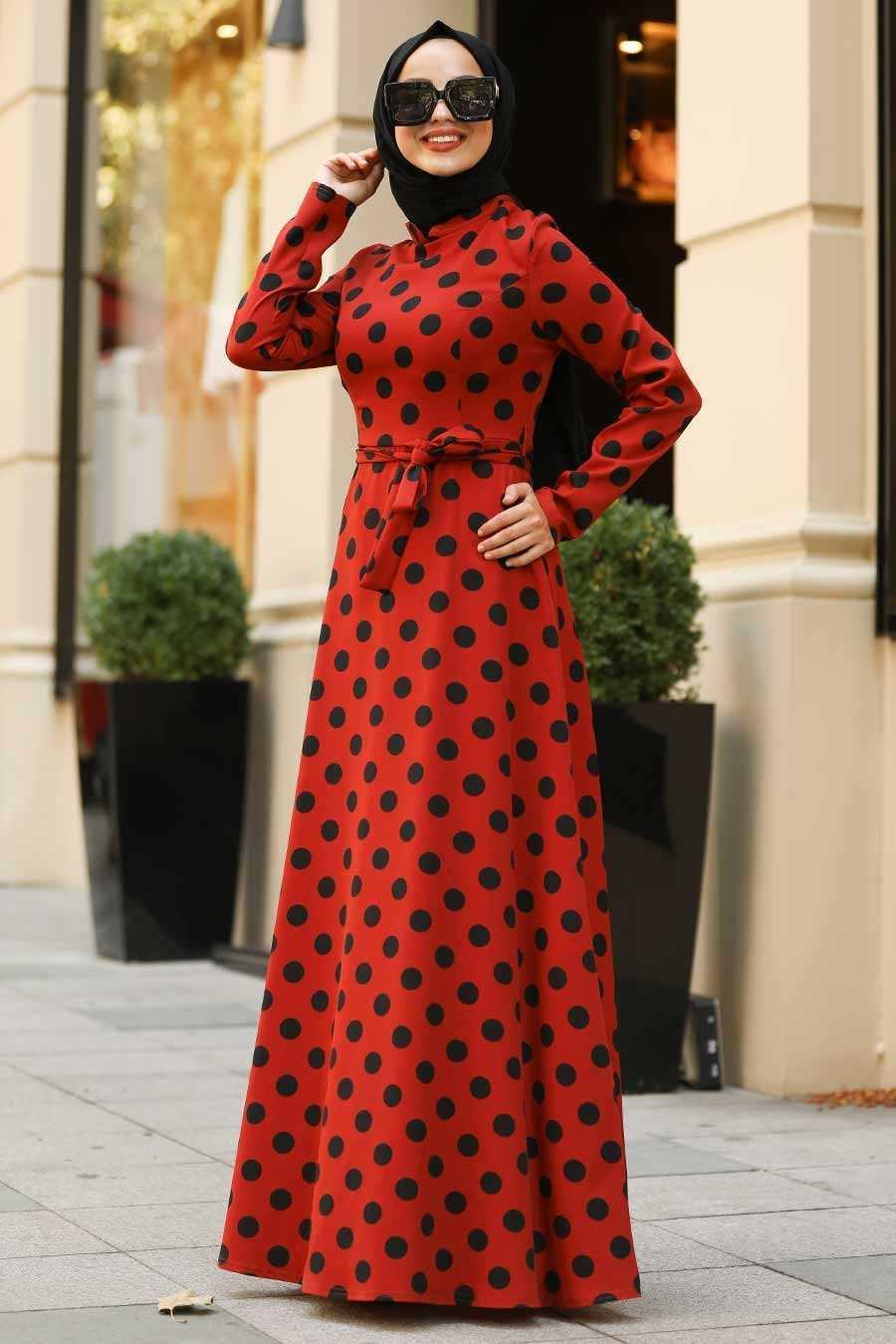 Nayla Collection Puantiyeli Tesettür Kırmızı Elbise Modelleri