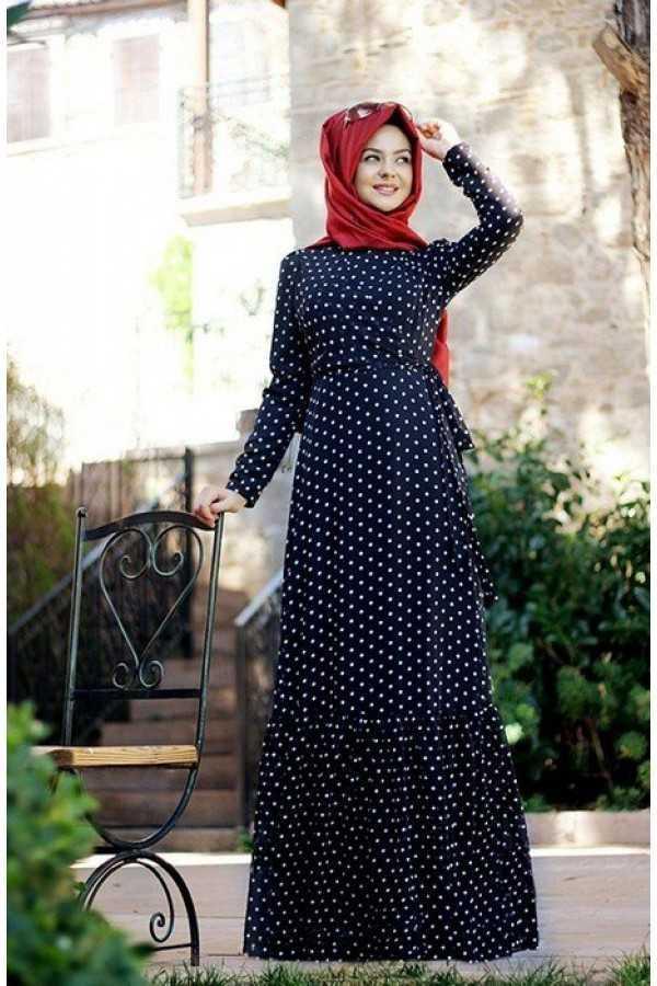 Pınar Şems Puantiyeli Tesettür Elbise Modelleri