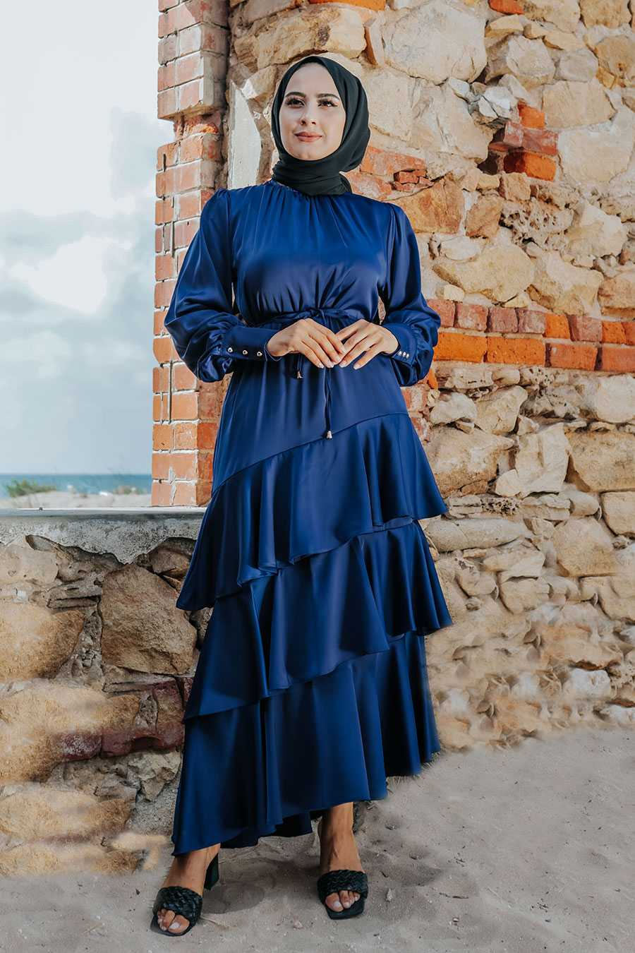 Arya Moda Tesettür Fırfırlı Saten Elbise Modelleri