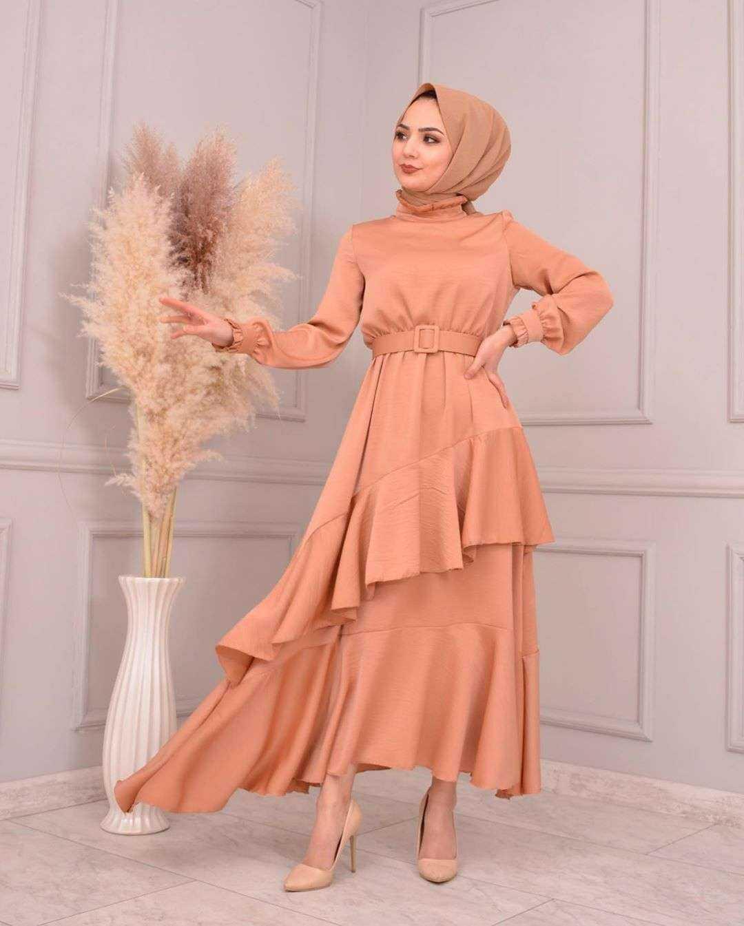 Moda Piyasa Tesettür Fırfırlı Saten Elbise Modelleri