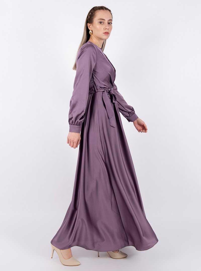 Puane Kuşaklı Saten Elbise Modelleri