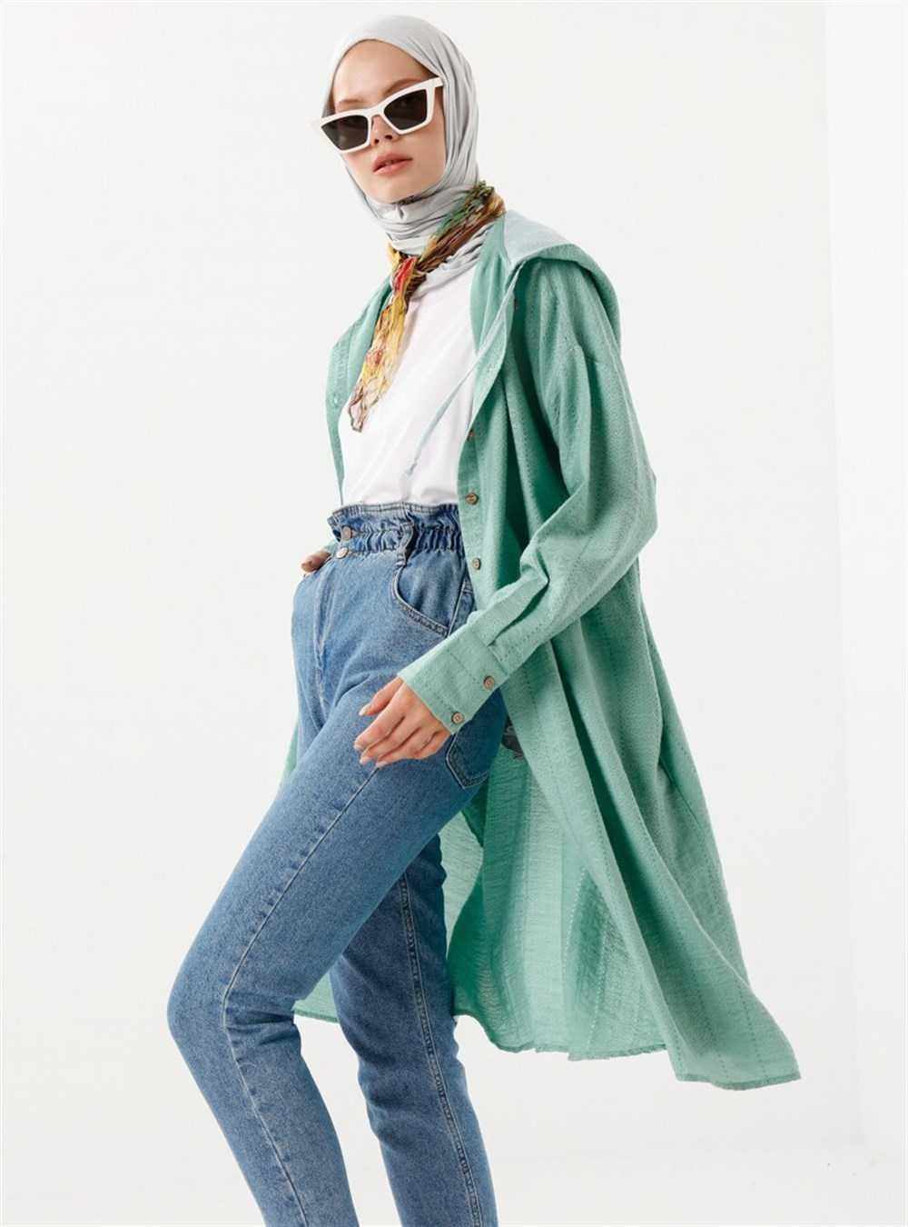Phull Tesettür Boydan Kapşonlu Yeşil Tunik Modelleri