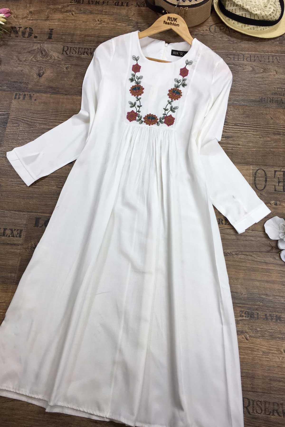 Ermi Tekstil Nakışlı Tesettür Uzun Gömlek Modelleri