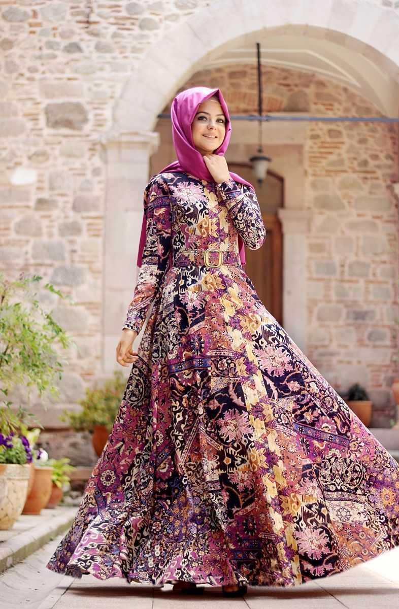 Pınar Şems Kilim Desenli Tesettür Elbise Modelleri