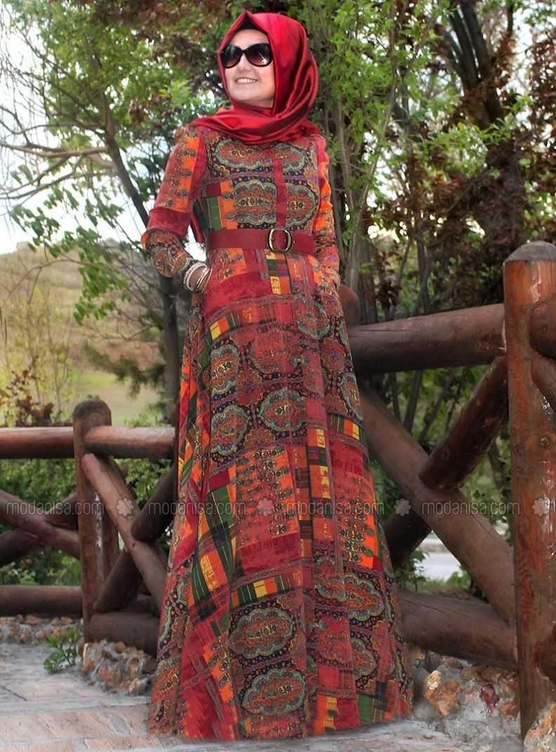 Pınar Şems Otantik Desenli Tesettür Elbise Modelleri