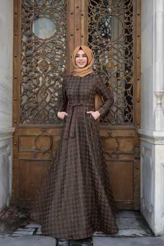 Pınar Şems Şık Desenli Tesettür Elbise Modelleri