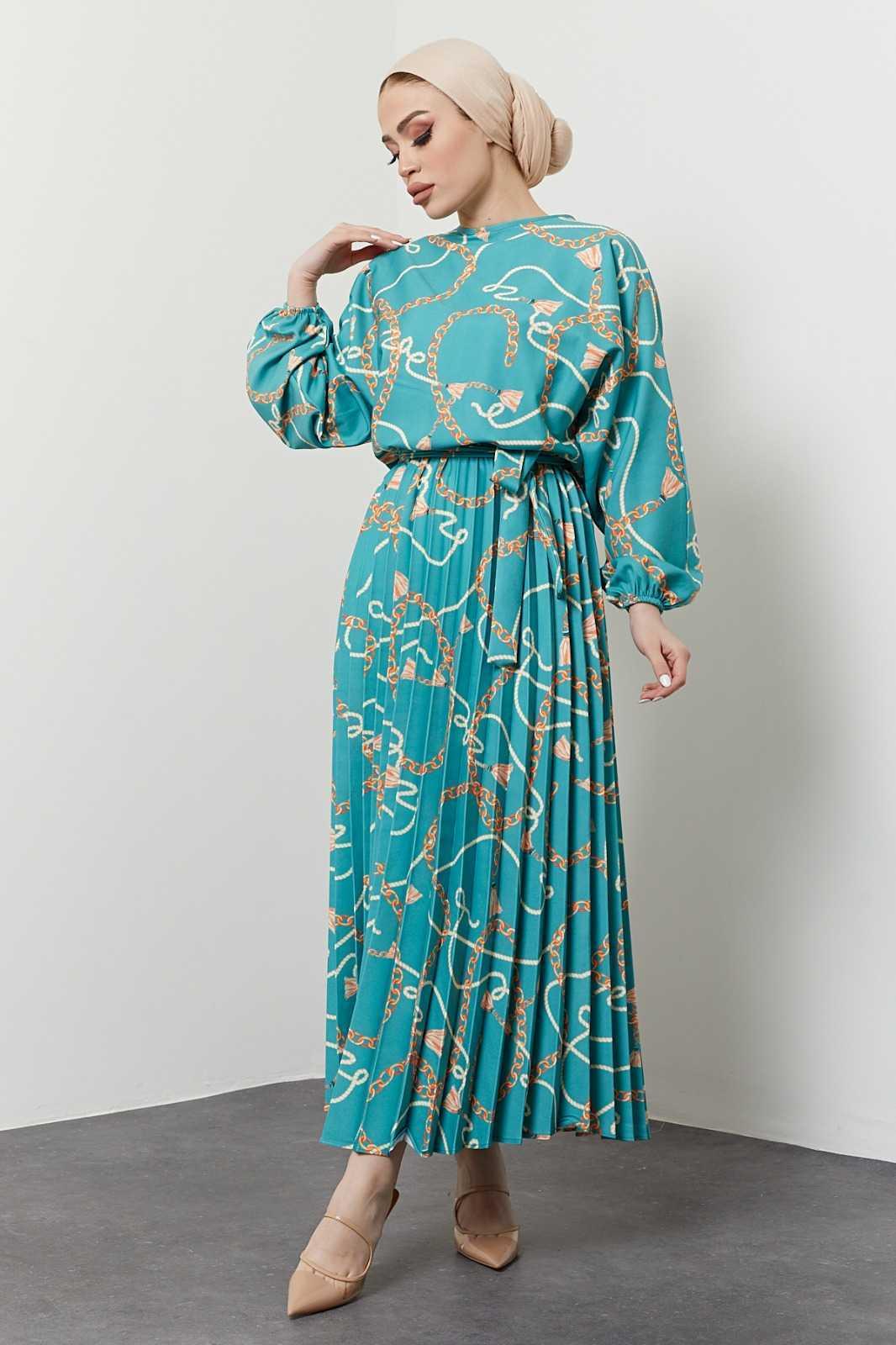 İkra Tesettür Krep Elbise Modelleri
