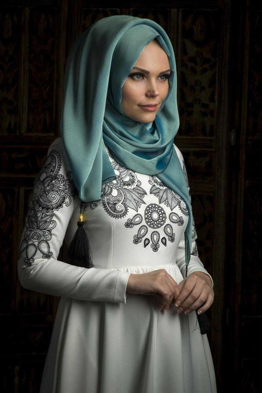 Muslima Wear Püsküllü Şal Modelleri